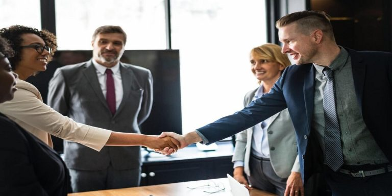 Scale-Sales-Team-CRM-signitysolutions